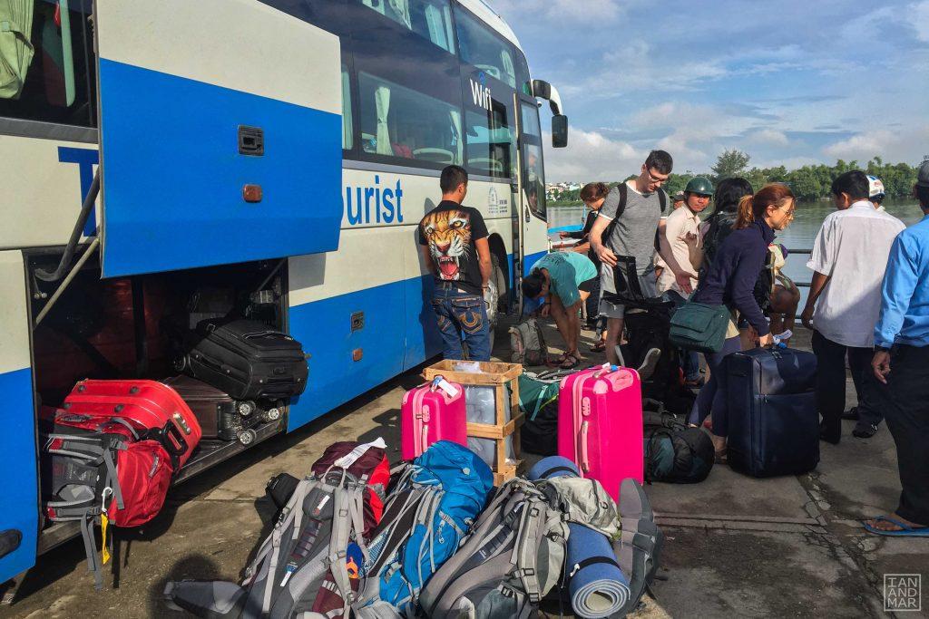 hanoi to hue by bus