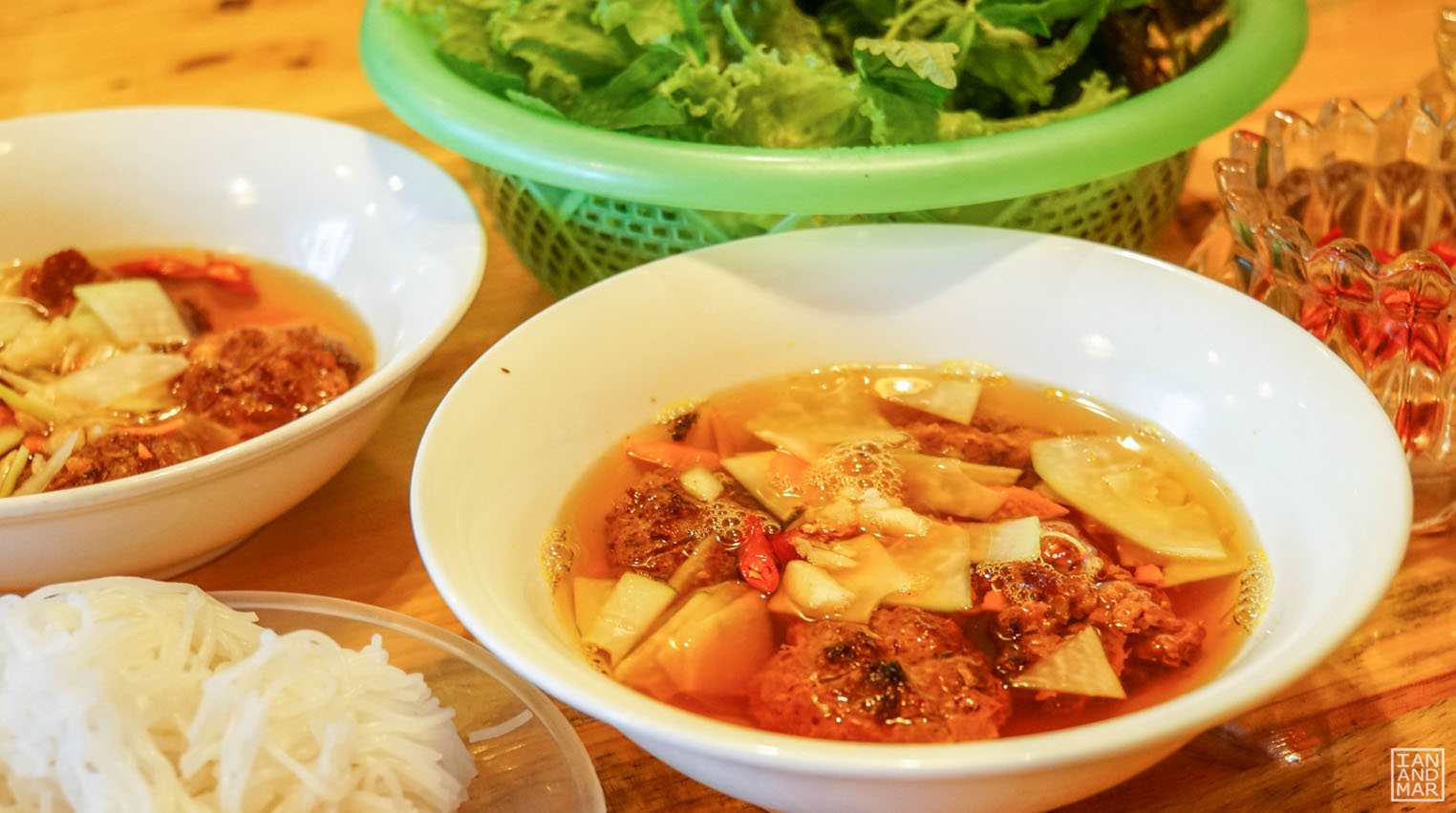vietnamese noodles famous in hanoi
