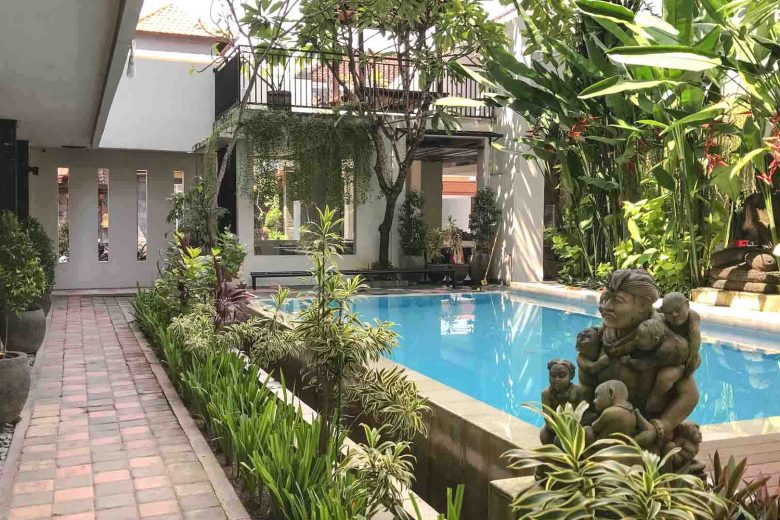 affordable Bali hotel with pool